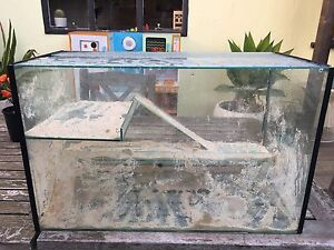 Large Hermit Crab Tank, heat pads and accessories Yarraville Maribyrnong Area Preview
