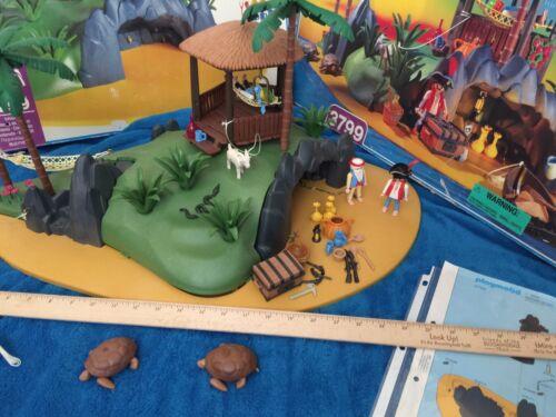 Playmobil Pirate Turtle Cove Desert Island 3799 Complete Box