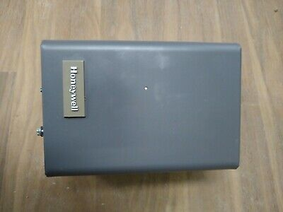Honeywell L8148j1009 Aquastat Boiler Relay Great Condition Used One Month