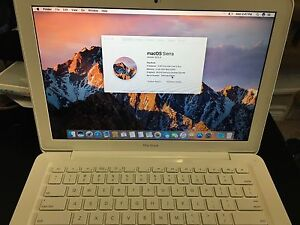 "Macbook ""Core 2 Duo"" 2.26 13"" 4GB ram 300GB HDD"