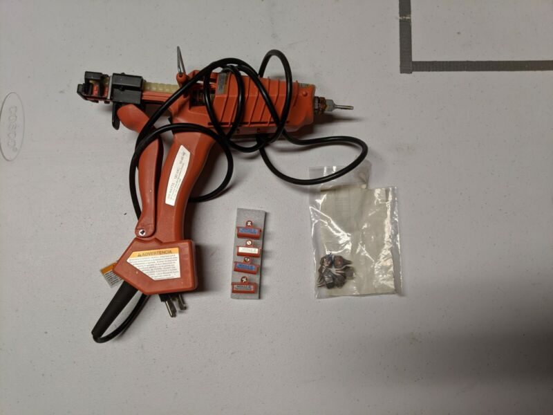 3M Scotch-Weld Hot Melt Applicator EC (Professional Hot Glue Dispenser)