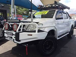 TOYOTA HILUX 2010, MY11 SR5 UPGRADE (4X4) DUALCAB TURBO DIESEL Bass Hill Bankstown Area Preview