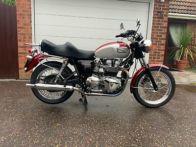 Triumph Bonneville 790cc