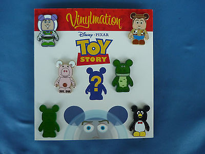 TOY STORY VINYLMATION   Disney  Pin SET of 7  2010     New on Card