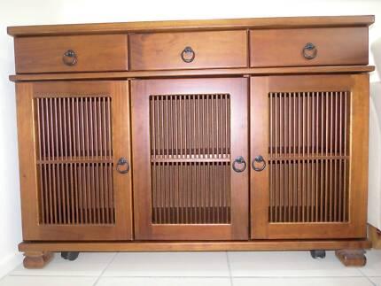 3 Door Solid Timber Buffet