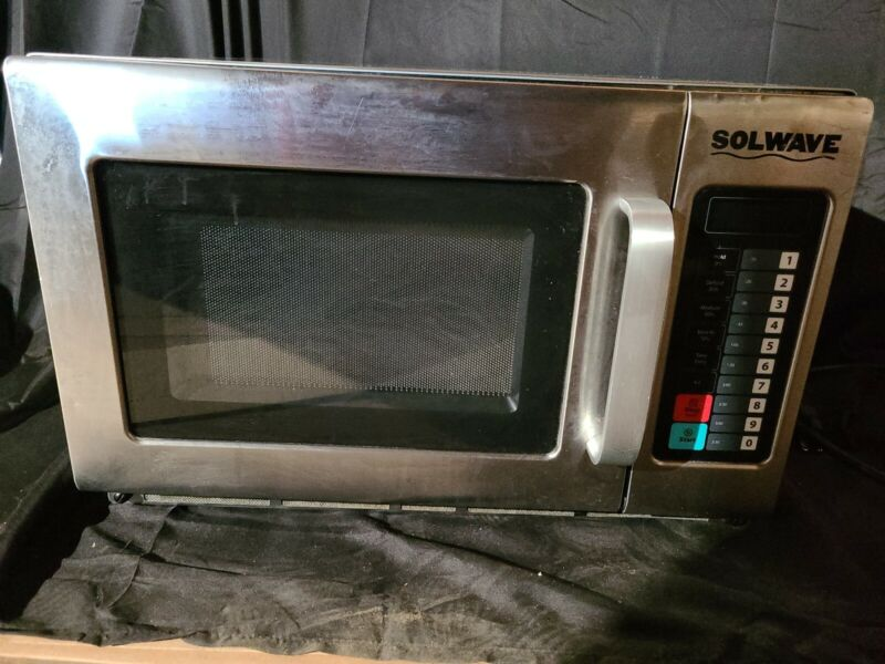 Solwave 1200W Commercial Microwave Oven - 1 Phase 120v - Restaurant Microwave