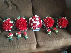 Wedding bouquets and bouttoniere 's $150