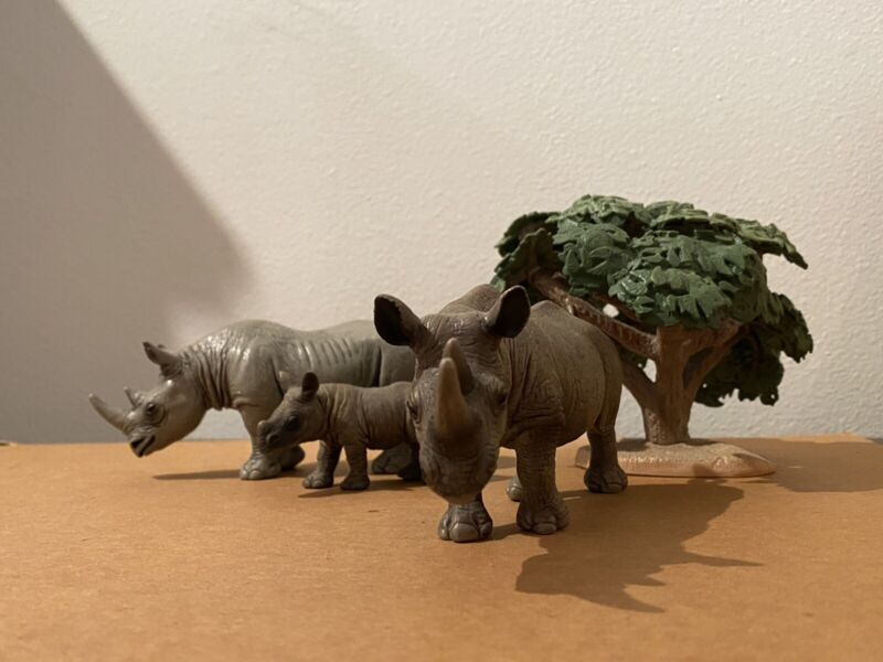 Schleich Rhino Set