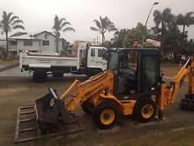 BACKHOE LOADER/BOBCAT Bowen Whitsundays Area Preview