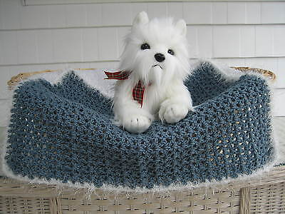 Fancy Dog Cat Bed Blanket Country Blue with White Faux Fur Trim