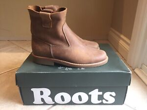 ROOTS - tribe shorty boot 8.5 - worn twice