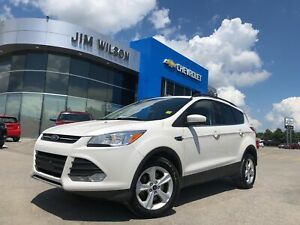 2014 Ford Escape SE 4WD AUTO LEATHER ROOF NAV SNOW TIRES