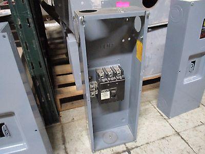 Square D Enclosed Circuit Breaker Q2l3200 200a 240v 3p Missing Cover Screws Used