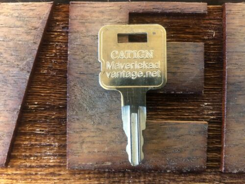 1 key fits Caterpillar Heavy Equipment Ignition 5P8500 Excavator Skidder Dozer,