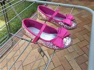 Girls Size 9 pink sparkly glitter bling shoes ballet flats Carindale Brisbane South East Preview