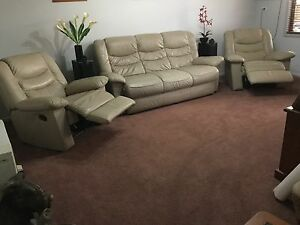 LEATHER LOUNGE 3 seater + 2 x recliners, used but great cond. Penrith Penrith Area Preview