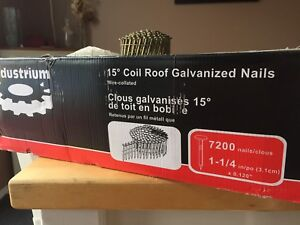 Coiled Roofing Nails / Clous en bobine