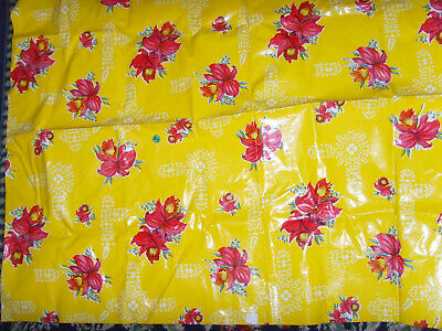 """Vintage vinyl hibiscus red and yellow retro kitchen fabric tablecloth 38x44"""""""