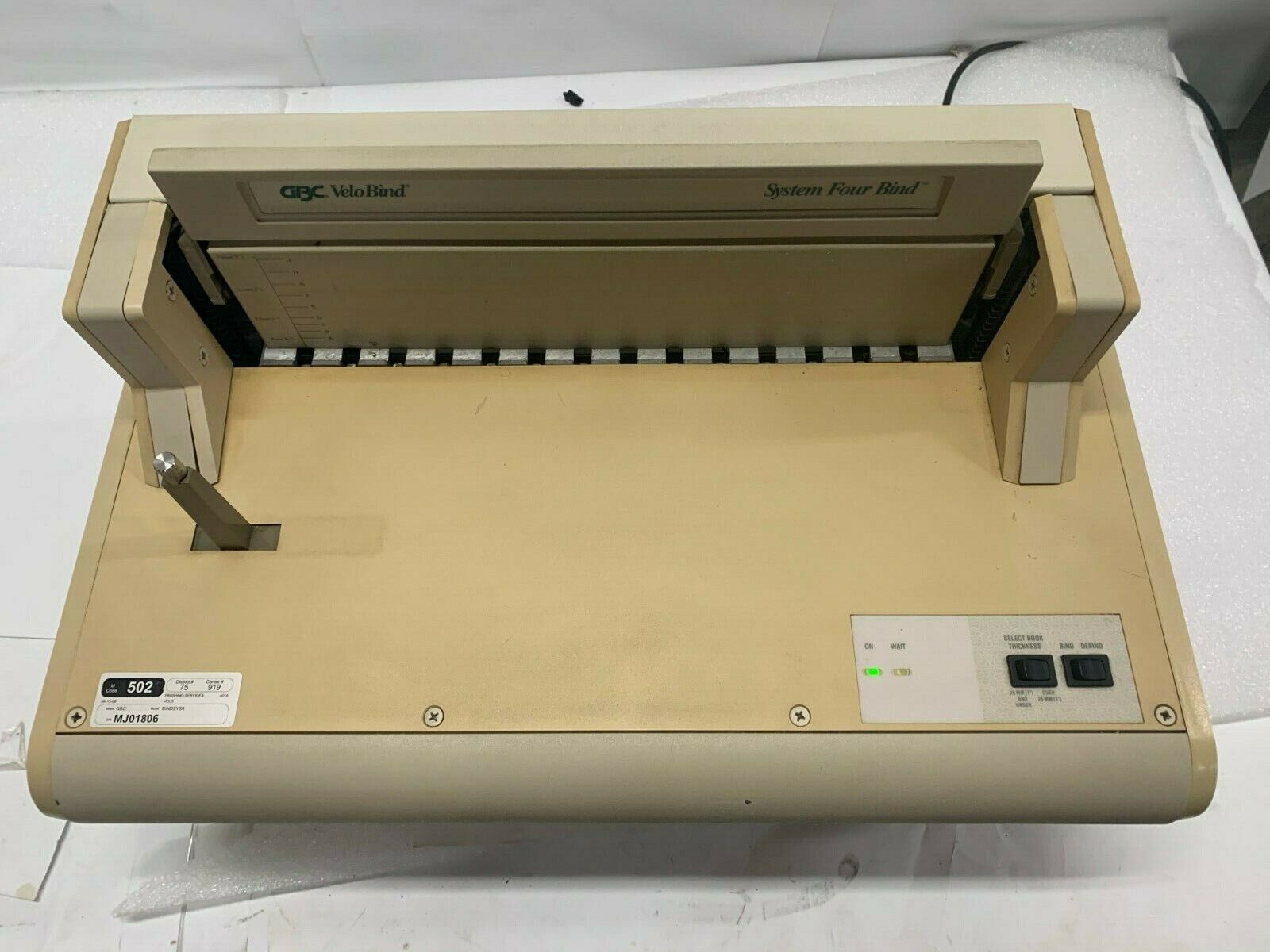 velobind system four 4 binding machine electric