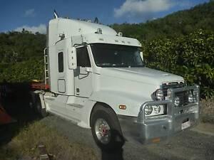 FREIGHTLINER 2007 CST 120 Port Douglas Cairns Surrounds Preview
