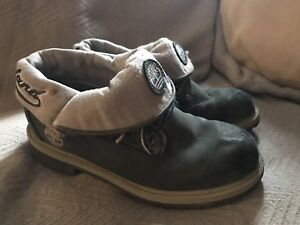 Boys youth TIMBERLAND Boots Grey high top Size 4