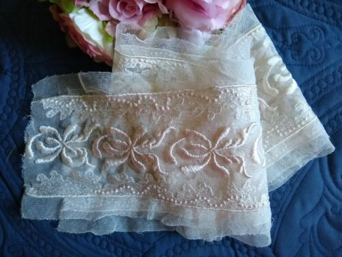 ANTIQUE/VINTAGE LENGTH OF EMBROIDERED COTTON NET LACE~PINK/WHITE~2 yards x 6""