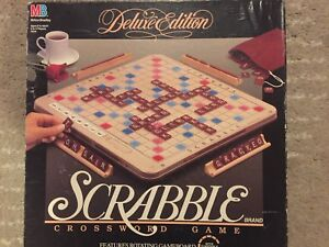 Scrabble Duluxe With Turntable