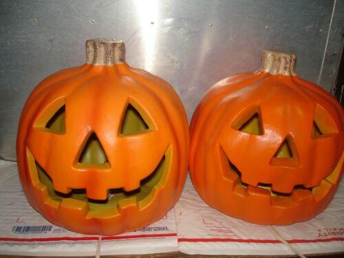 2 Pumpkin Carved plastic  yard decor  JOL Halloween unmarked  paper magic lot