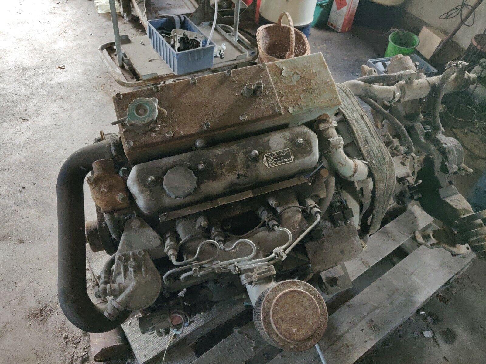 innenborder Bootsmotor, Schiffsdiesel, Dieselmotor, Winkelgetriebe, Bootsdiesel
