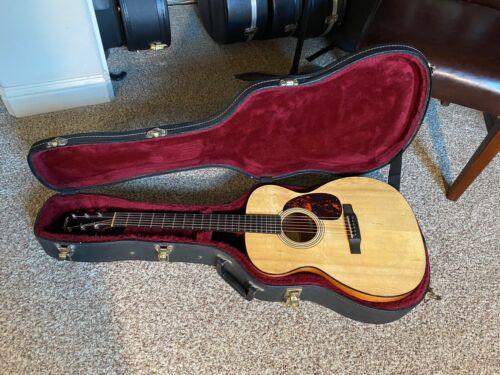 2000 Larrivee OM-2 Acoustic Guitar & Case