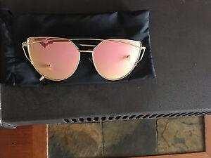Ladies sunglasses Maitland Maitland Area Preview