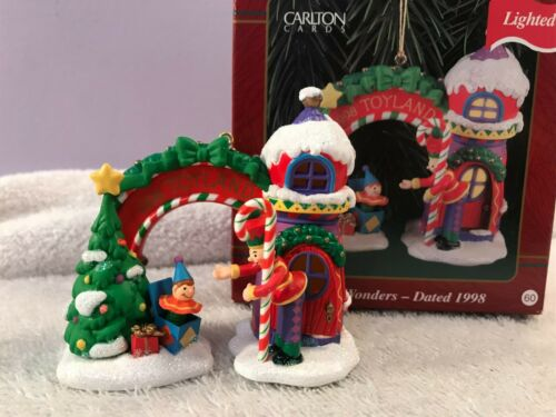 Christmas ornament carlton cards toyland wonders EX6816