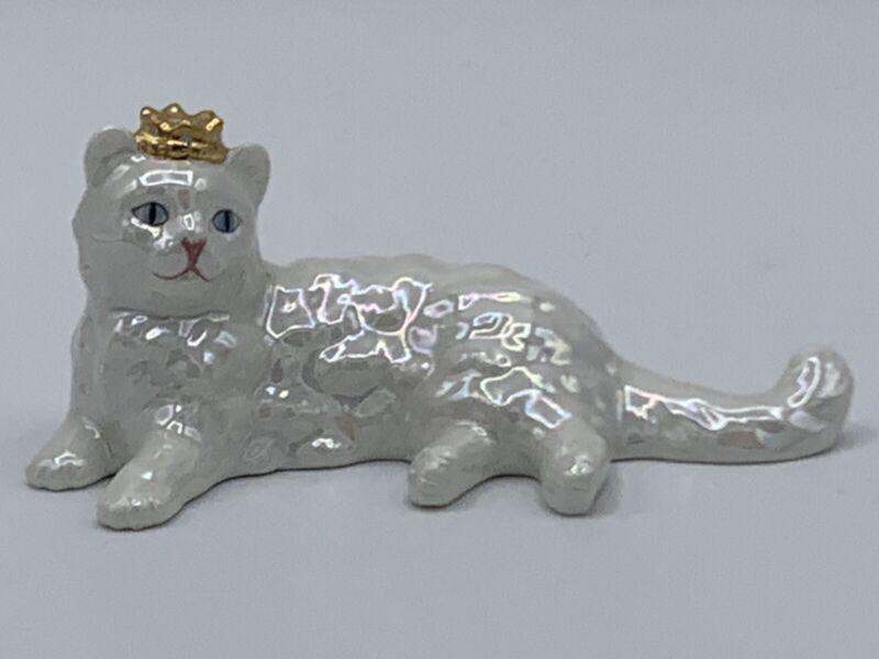 RARE The Franklin Mint TFM Curio Cabinet Cat Lustre Glaze Figurine