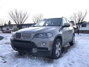 2007 BMW X5 SUV 4.8i **OVER 7000 IN RECEIPT**
