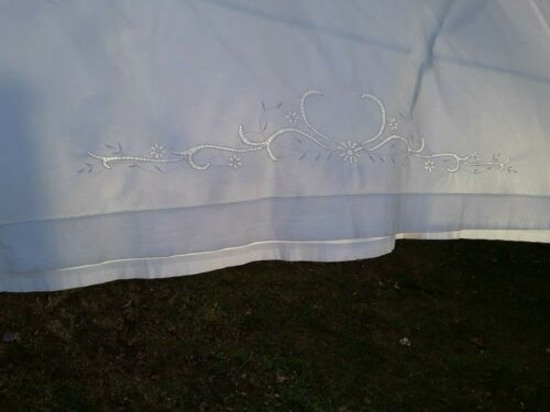 Antique Linen Embroiderded Cutwork Sheet And Two Pillow cases King Size