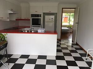Hornsby spacious granny flat for renting Hornsby Hornsby Area Preview
