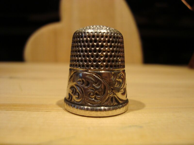 Antique Simmons Brothers Sterling Silver Thimble Circa 1890s