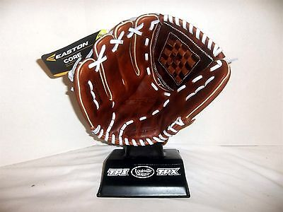 """Easton ECGFP1200 Core Fastpitch Series Softball Glove NWT 12"""" Infield LEFTY"""
