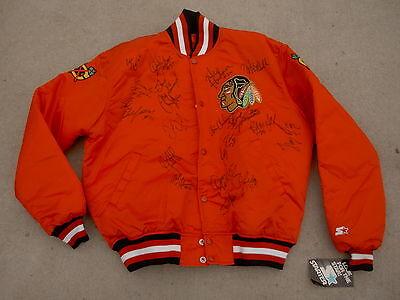 Chicago Blackhawks Autographed Vintage NHL STARTER Hockey Jacket HWT size: L