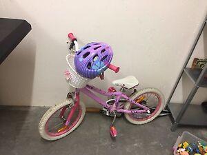 Girls bike Amaroo Gungahlin Area Preview