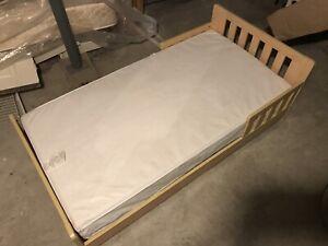 Wooden kids bed frame + mattress
