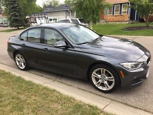 2015 BMW 328i X-Drive M Package (low km)