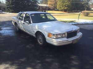 91 Lincoln town car $ REDUCED