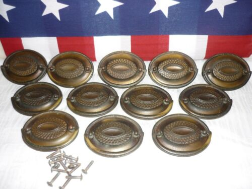 Vintage Brass Oval Hepplewhite Sheraton Phyfe Federal Chest of Drawer Pulls BR89