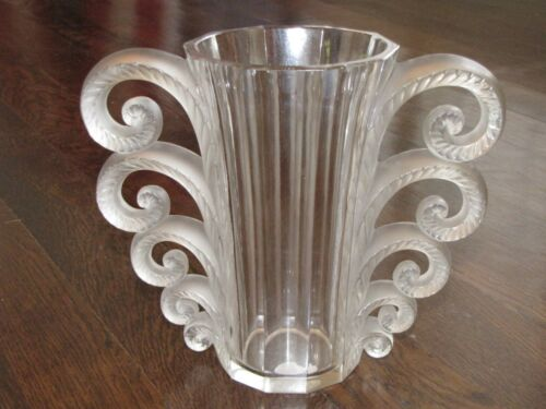 "LALIQUE ""BEAUVAIS"" Glass Crystal Vase Signed"
