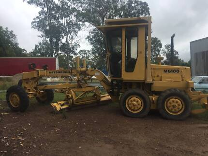 2001 Mitsubishi MG1086A Articulated Road Grader