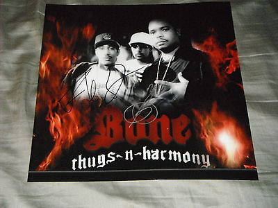 (BONE THUGS N HARMONY GROUP SIGNED 12X12)