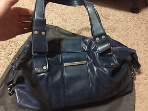 EUC Matt and Nat large purse