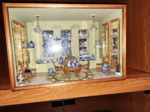 1/12 scale Dollhouse Miniature Diorama Delft Blue Pottery Display Box  AWESOME!
