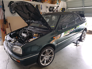 Non-working VW Golf 1996 Car Idalia Townsville City Preview